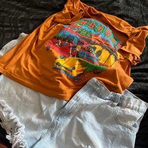 2 Tshirts, High Waisted Shorts, Jordans